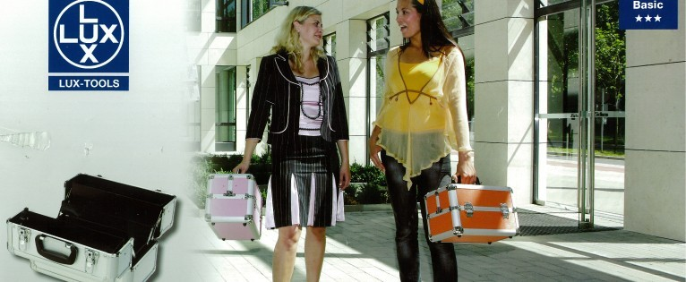 Kadeřnické kufry